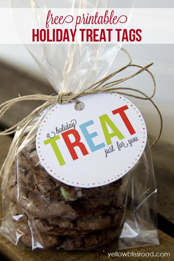Free Printable Holiday Labels - Treat Bags from Yellow Bliss Road