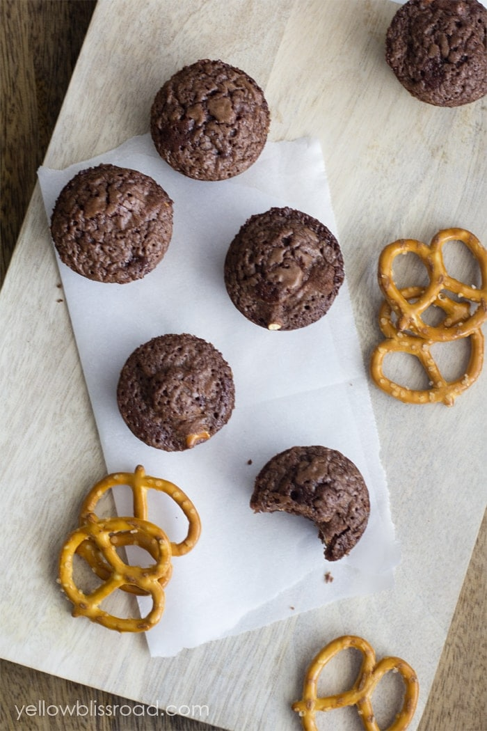 Pretzel Brownie Bites 3