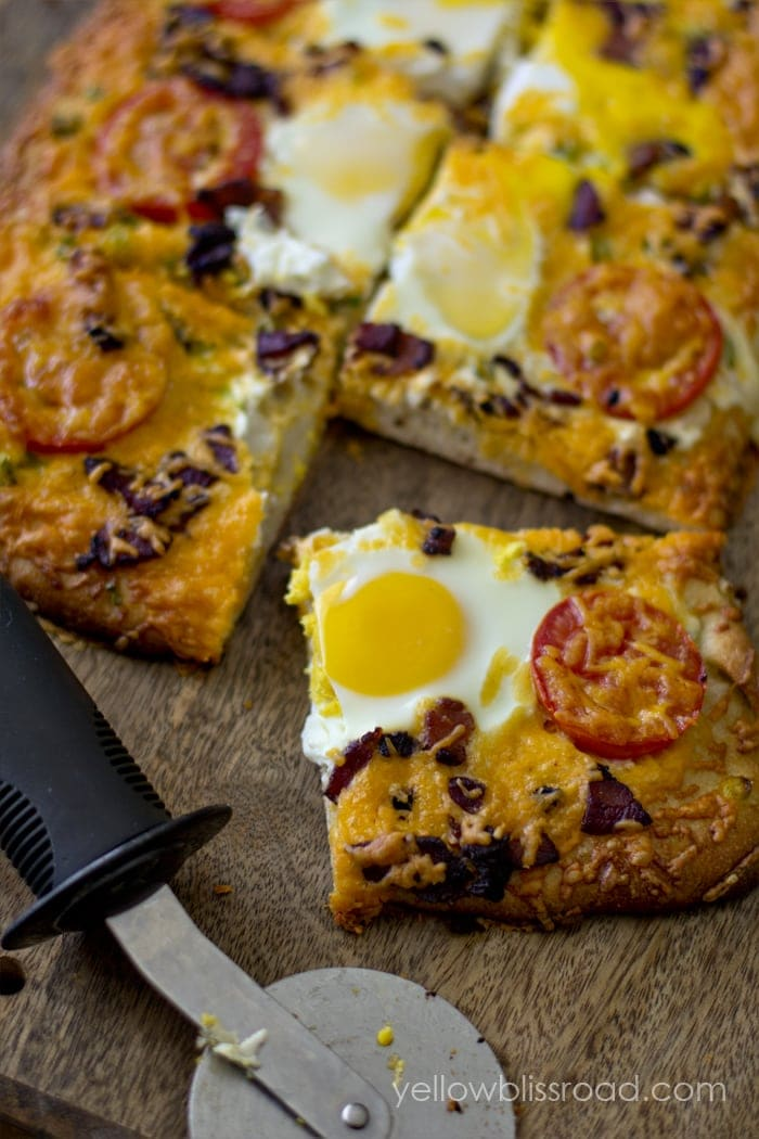 Hearty Breakfast Pizza