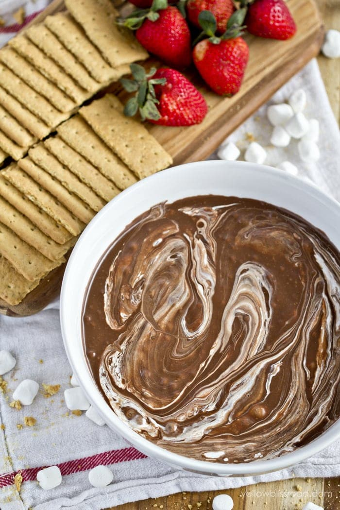 S'Mores Dip - Yellow Bliss Road