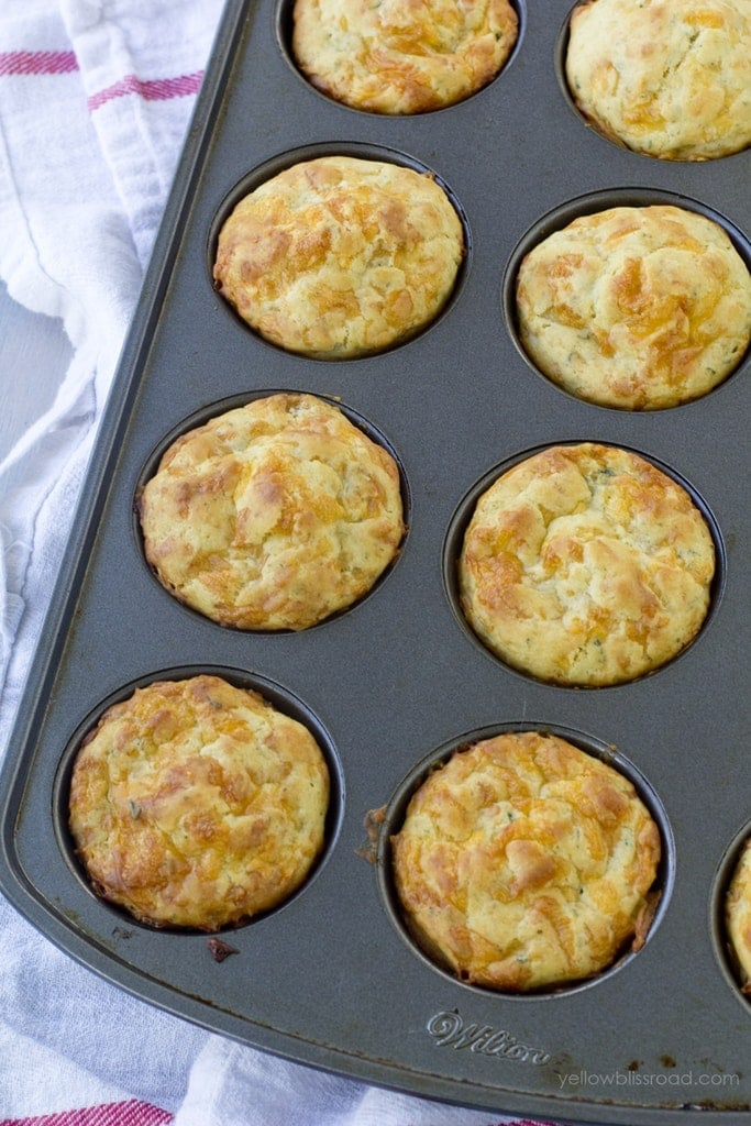 These Cheddar Herb Biscuits are tender and flaky and just melt in your ...